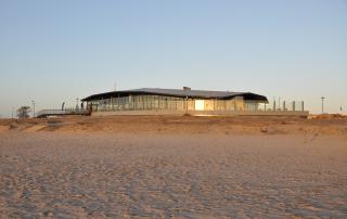 Lemmer Schwimmbad mit Beachclub