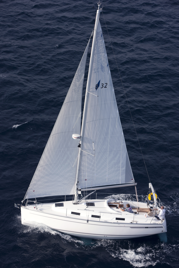Backbord Bavaria Cruiser 32