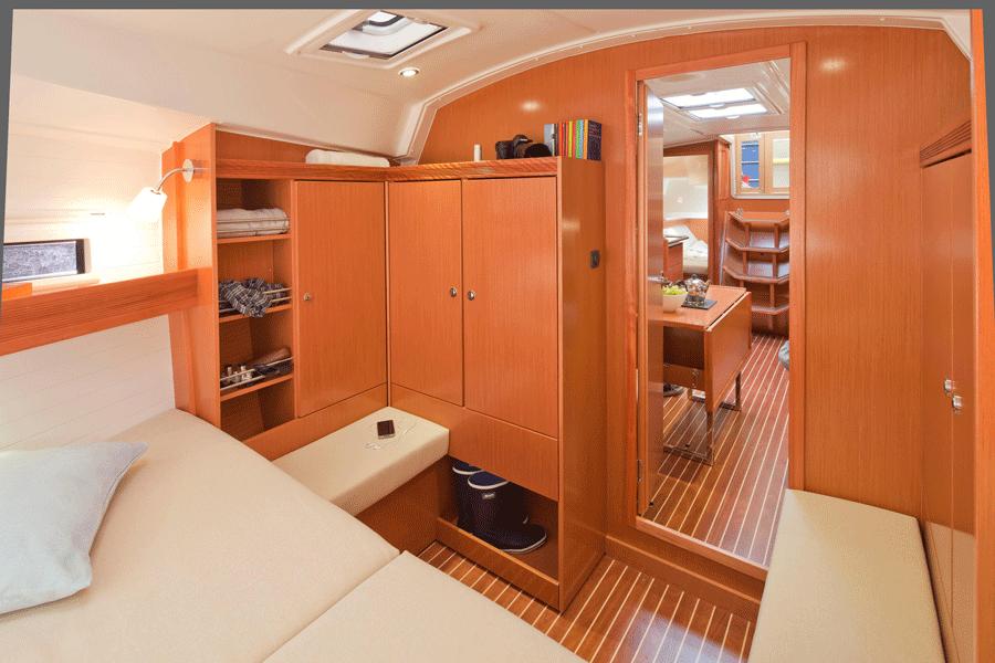 Kabine im Vorschiff auf Bavaria 36