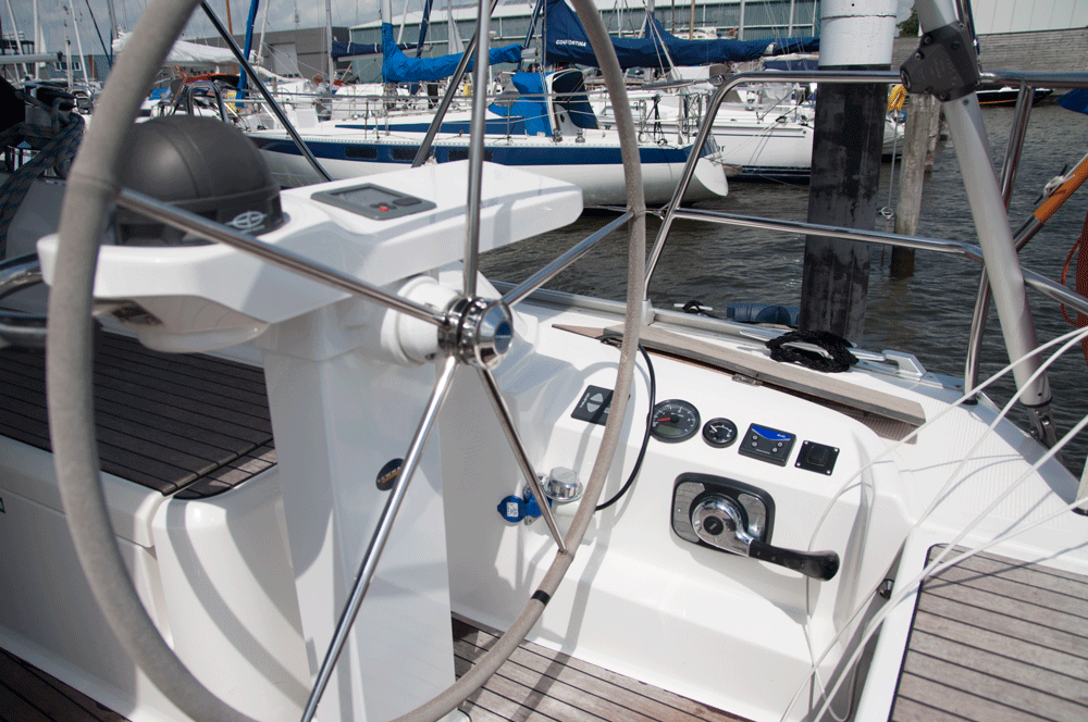 Bavaria 38 Motorpaneel