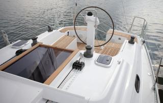Segelyacht Hanse 325