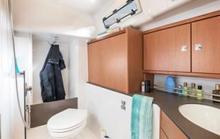 Bavaria Cruiser 34 Nasszelle mit Dusche